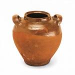 Artefatti ceramici d'uso comune.